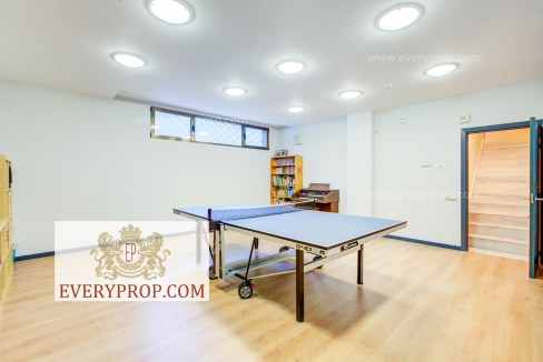 Chalet Conde Orgaz Madrid. No obstante venta chalet barrio salamanca madrid y mansion contemporanea madrid.